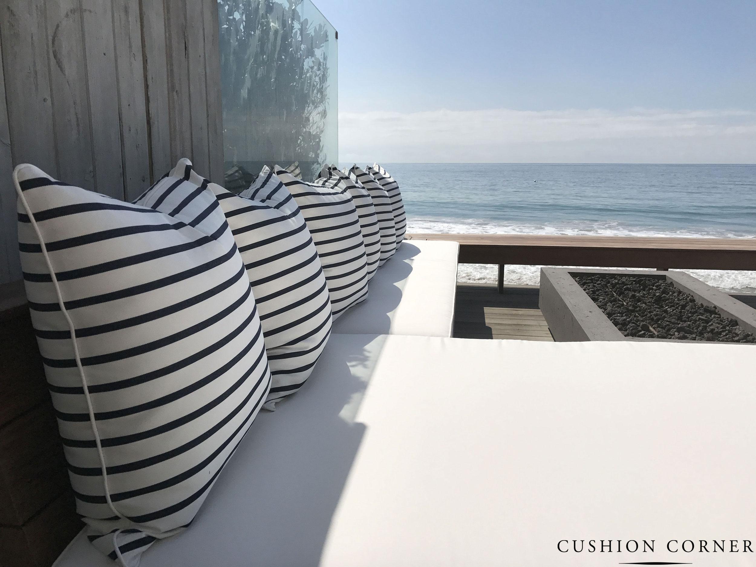 Gallery Cushion Corner
